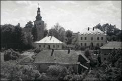 Kostel_-_hospoda_-_skola_2