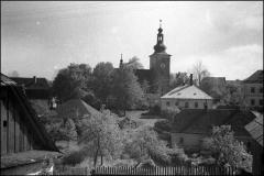 Kostel_-_hospoda_2