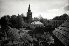 hospoda-kostel-skola
